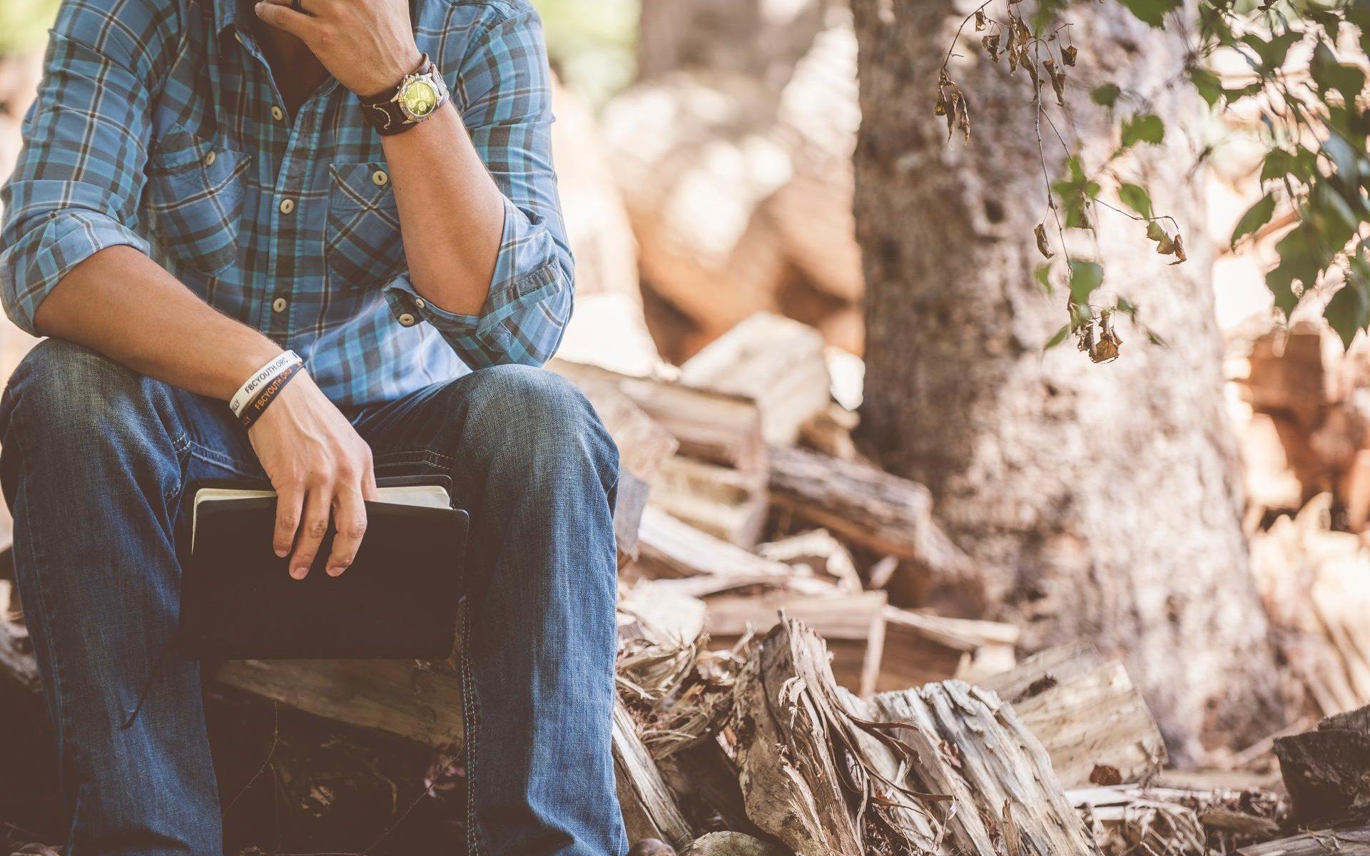 Nachdenken im Wald